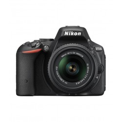 Nikon D5500 with 18-55mm Lens